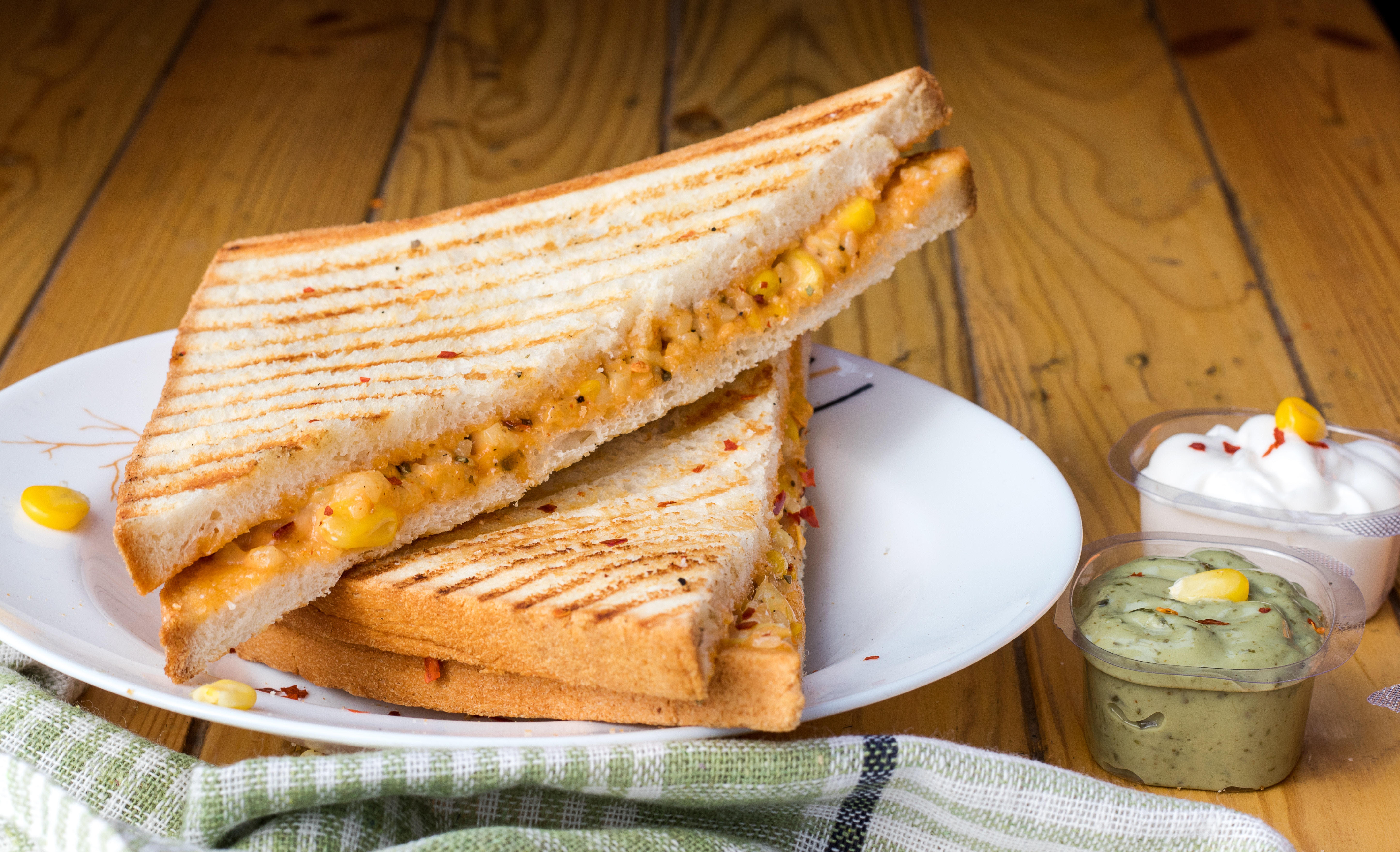 What Did Eight School Districts in Tennessee Learn About Grilled Cheese?